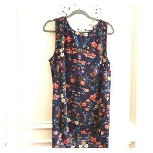 Floral high low sleeveless blouse